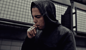 rapper feis te zien in een videoclip