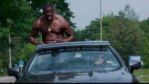 rapper massief in een videoclip