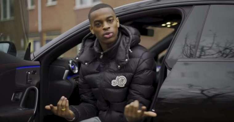 rapper shennumbanine in een clip