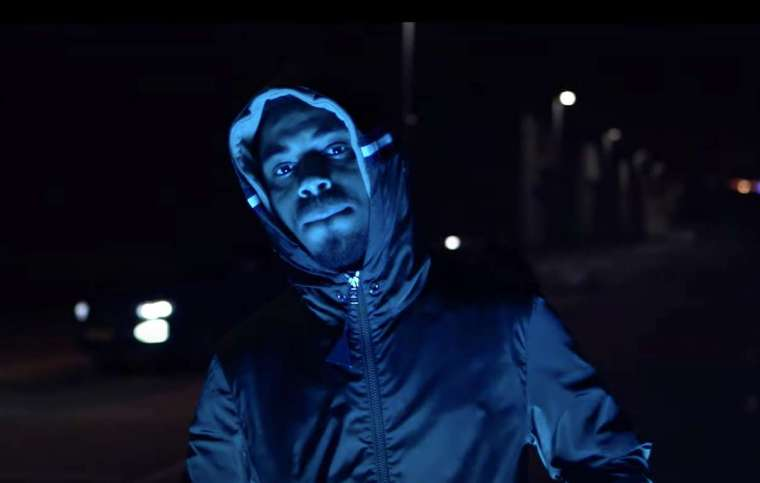 rapper hyena in een videoclip