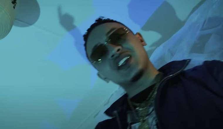 rapper dodo in een videoclip