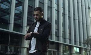 mrd rapper in een videoclip